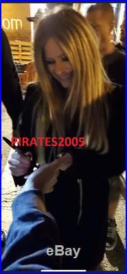 Avril Lavigne Signed Framed Head Above Water Vinyl Album Proof Jsa Coa