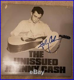 JOHNNY CASH Signed The Unissued Johnny Cash Vinyl Record Album. Rare